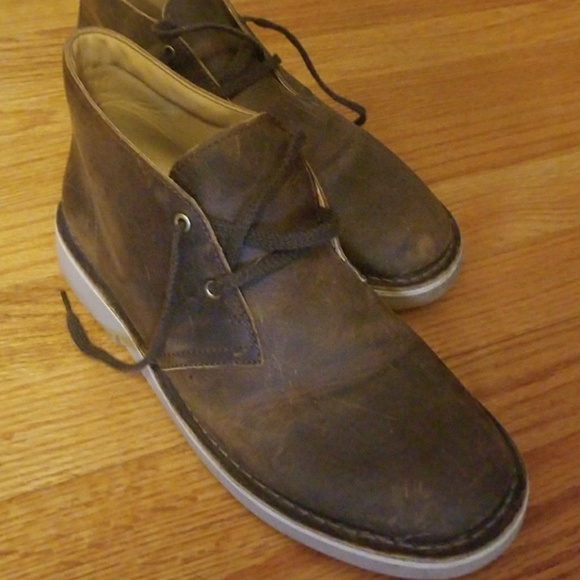 9ec8f2e4888d6 Clarks Shoes | Original Desert Boots Boys 6w | Poshmark
